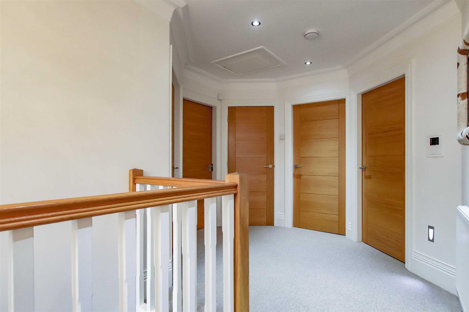 4 Bedroom Detached House For Sale - Image 19